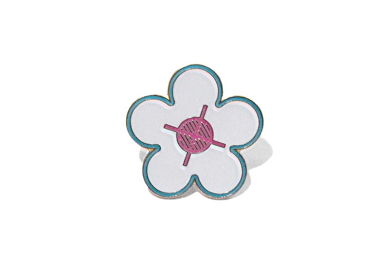 画像1: SUPREME FLOWER PIN | シュプリーム フラワー ピン (1)